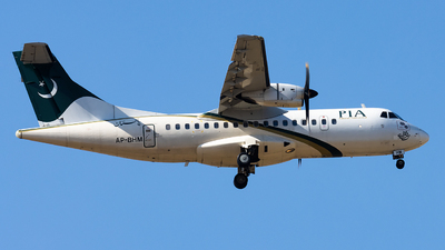 AP-BHM - ATR 42-500 - Pakistan International Airlines (PIA)