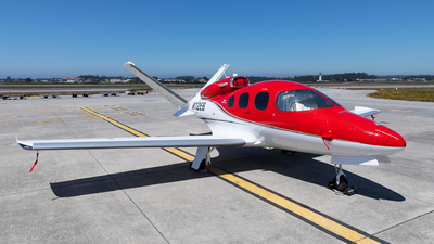 N12EB - Cirrus Vision SF50 G2 - Private