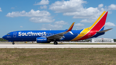 A picture of N8642E - Boeing 7378H4 - Southwest Airlines - © Evan Dougherty