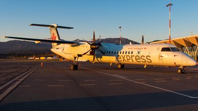 A picture of CGGMN - De Havilland Canada Dash 8400 - Air Canada - © CJMAviation