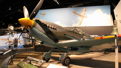 N521R - Supermarine Spitfire Mk.IX - Private