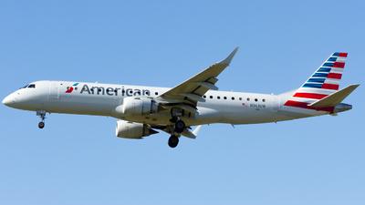 N963UW - Embraer 190-100IGW - American Airlines