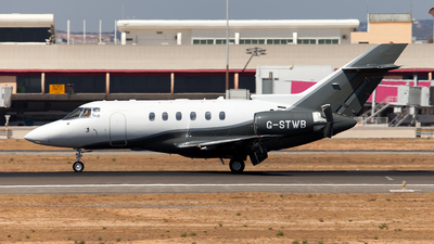 G-STWB - Raytheon Hawker 750 - Private