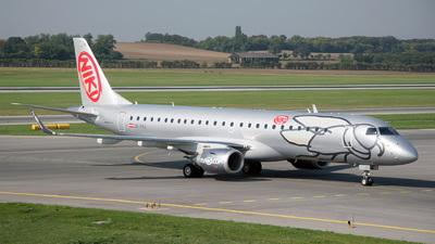 OE-IHG - Embraer 190-100LR - Niki