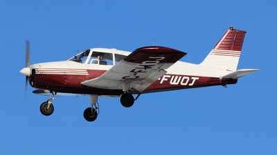C-FWOJ - Piper PA-28-140 Cherokee - Private
