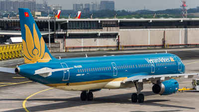 VN-A359 - Airbus A321-231 - Vietnam Airlines