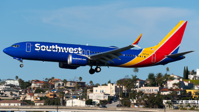 A picture of N8722L - Boeing 737 MAX 8 - Southwest Airlines - © Brandon Ravelo