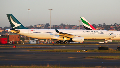 B-HLS - Airbus A330-343 - Cathay Pacific Airways