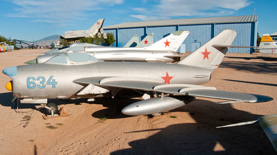 634 - Mikoyan-Gurevich MiG-17PF Fresco D - Soviet Union - Air Force