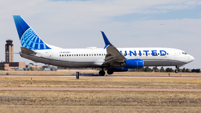 A picture of N73283 - Boeing 737824 - United Airlines - © HA-KLS