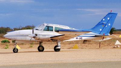 VH-JVO - Cessna 310R - Western Airlines of Australia