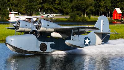 N703 - Grumman G-21A Goose - Private