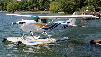 D-ECFP - Cessna 172P Skyhawk II - Baltic Seaplane