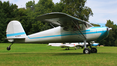 N72831 - Cessna 140 - Private