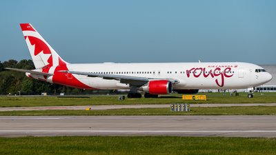 C-GHLA - Boeing 767-35H(ER) - Air Canada Rouge