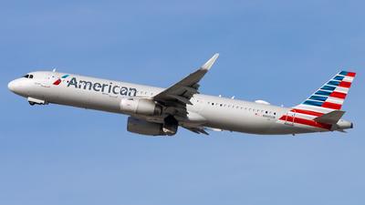 N900UW - Airbus A321-231 - American Airlines