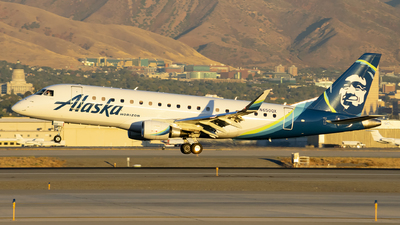 A picture of N650QX - Embraer E175LR - Alaska Airlines - © Michael Rodeback