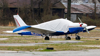 N32592 - Piper PA-28-180 Cherokee - Private