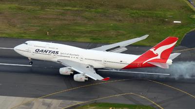VH-OJU - Boeing 747-438 - Qantas