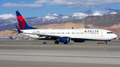 A picture of N848DN - Boeing 737932(ER) - Delta Air Lines - © Michael Rodeback