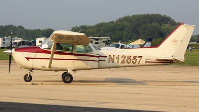 N12657 - Cessna 172M Skyhawk - Illinois Aviation Academy