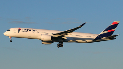 PR-XTD - Airbus A350-941 - LATAM Airlines
