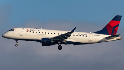 N613CZ - Embraer 170-200LR - Delta Connection (Compass Airlines)