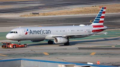 N919US - Airbus A321-231 - American Airlines