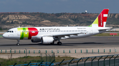 A picture of CSTNL - Airbus A320214 - TAP Air Portugal - © Mateo León