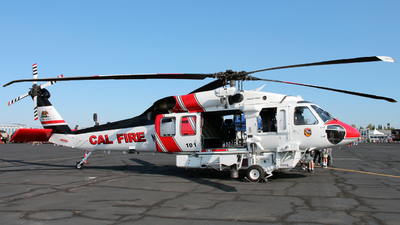 N482DF - Sikorsky S-70i Firehawk - United States - California Department of Forestry