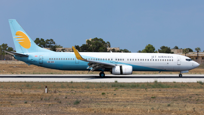 OE-IDW - Boeing 737-96NER - Jet Airways