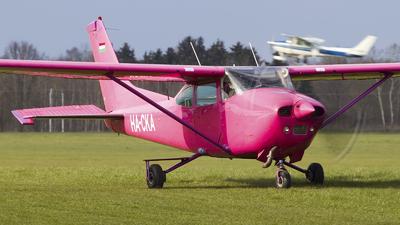 HA-CKA - Cessna 182Q Skylane - Private