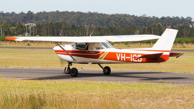 VH-IQD - Cessna 150L - Private