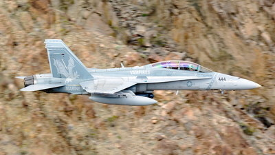 164254 - McDonnell Douglas F/A-18D Hornet - United States - US Navy (USN)