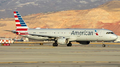 A picture of N180US - Airbus A321211 - American Airlines - © Michael Rodeback