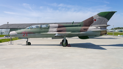 106 - Mikoyan-Gurevich MiG-21UM Mongol B - Soviet Union - Air Force