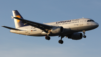 D-AKNJ - Airbus A319-112 - Lufthansa Italia