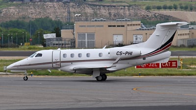 CS-PHI - Embraer 505 Phenom 300 - NetJets Europe