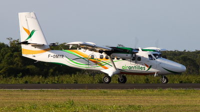 F-OMYR - Viking DHC-6-400 Twin Otter - Air Antilles Express