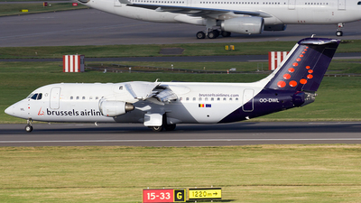 OO-DWL - British Aerospace Avro RJ100 - Brussels Airlines