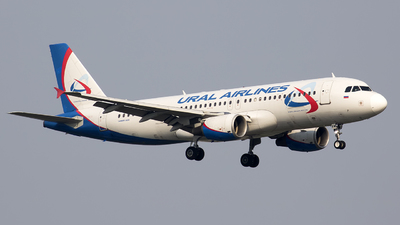 VQ-BFW - Airbus A320-214 - Ural Airlines