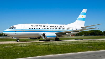 T-04 - Boeing 737-5H6 - Argentina - Air Force