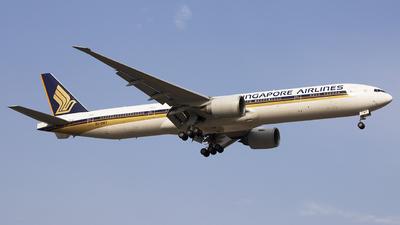 9V-SWT - Boeing 777-312ER - Singapore Airlines
