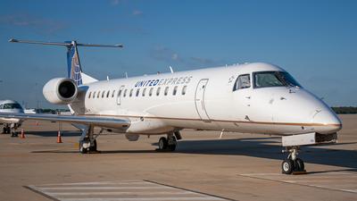 A picture of N21154 - Embraer ERJ145XR - United Airlines - © Daniel Mena