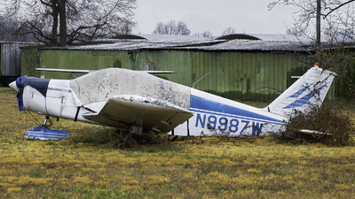 N9987W - Piper PA-28-140 Cherokee - Private