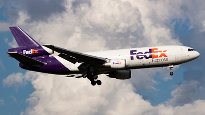 A picture of N316FE - McDonnell Douglas MD1030F - FedEx - © Saul Hannibal