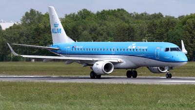 A picture of PHEXB - Embraer E190STD - KLM - © Kay Hansen