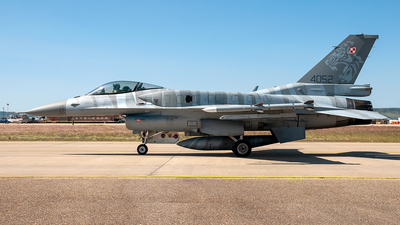 4052 - Lockheed Martin F-16C Fighting Falcon - Poland - Air Force