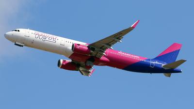 HA-LXS - Airbus A321-231 - Wizz Air