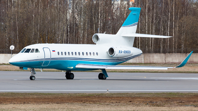 RA-09609 - Dassault Falcon 900LX - Private